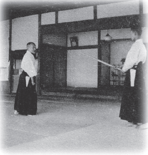 ueshiba-hanmi-2 - AIKIDO Klub Centar